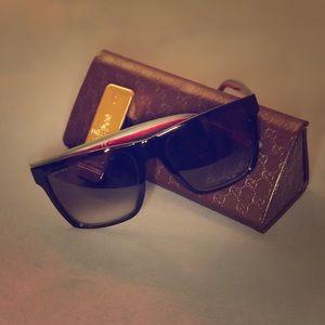Gucci Sunglasses (Unisex) Gg3535s